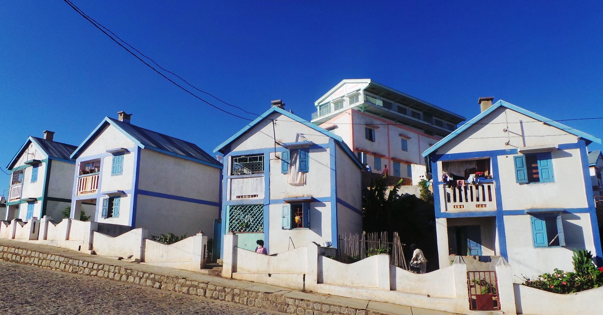 Cité AKAMASOA: Plus de 3000 maisons construites;  plus de 25000 personnes habitent ces villages